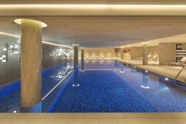 مسبح فندق تانجلا بروكسل