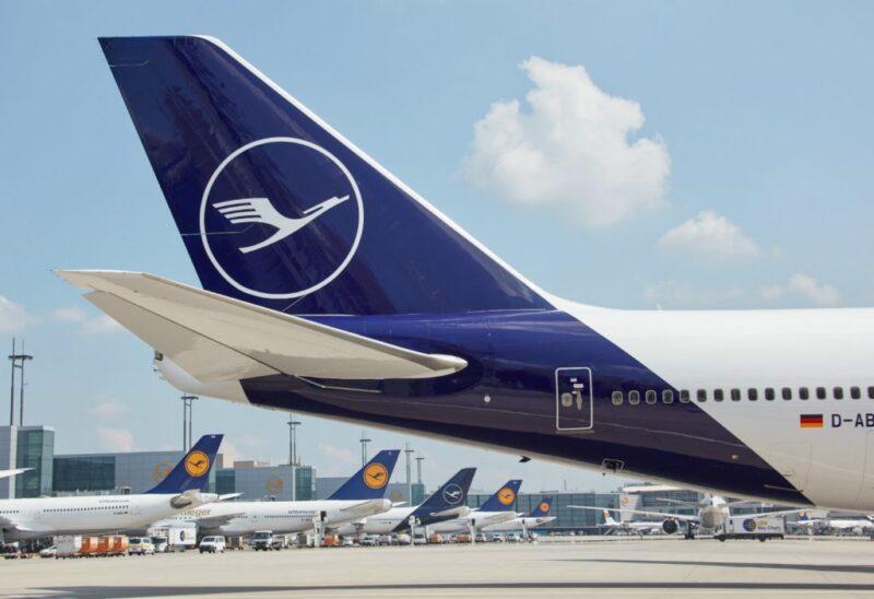 طيران من كوبنهاغن الى برلين ... متعة السفر و الرفاهية