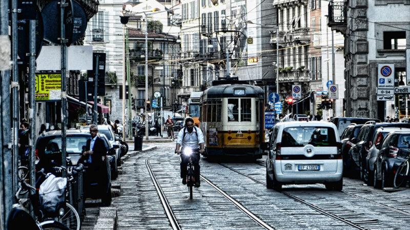 Photo of العمل في ميلانو … تعرف علي أهم الطرق للعمل في ايطاليا