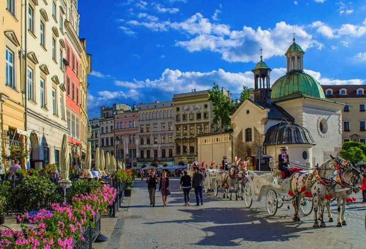 اقامة العمل في بولندا