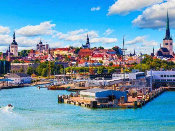 السفر إلى استونيا