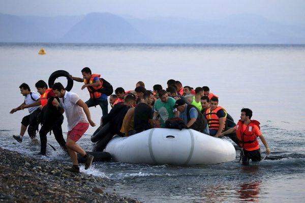 الهجرة من بيلاروسيا الى بولندا عن طريق اللجوء