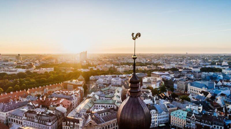 لاتفيا واللجوء .. تعرف على طرق طلب اللجوء فى لاتفيا