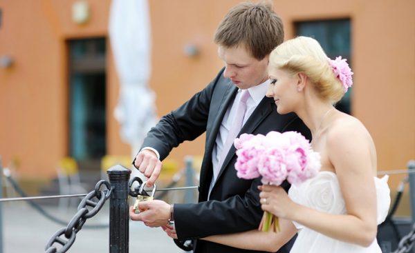 مميزات الزواج فى لاتفيا