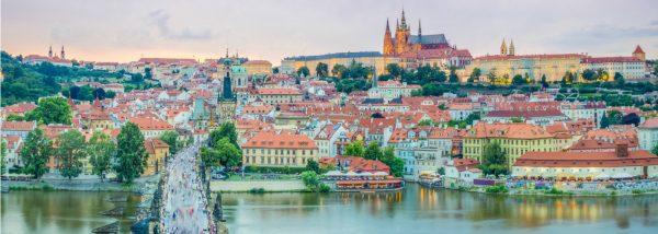 السفر الى التشيك