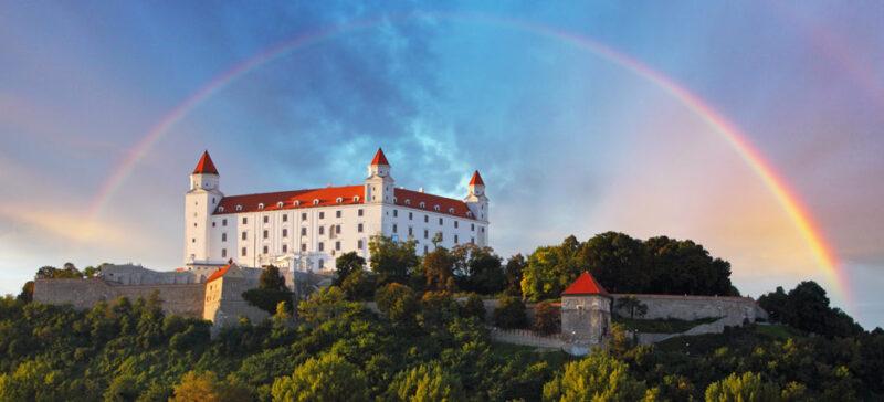 السفر الى سلوفاكيا من جدة.