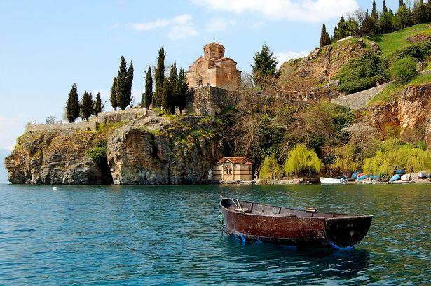 Photo of السفر الى مقدونيا للسعوديين .. تعرف على شروطه والحصول على الإقامة