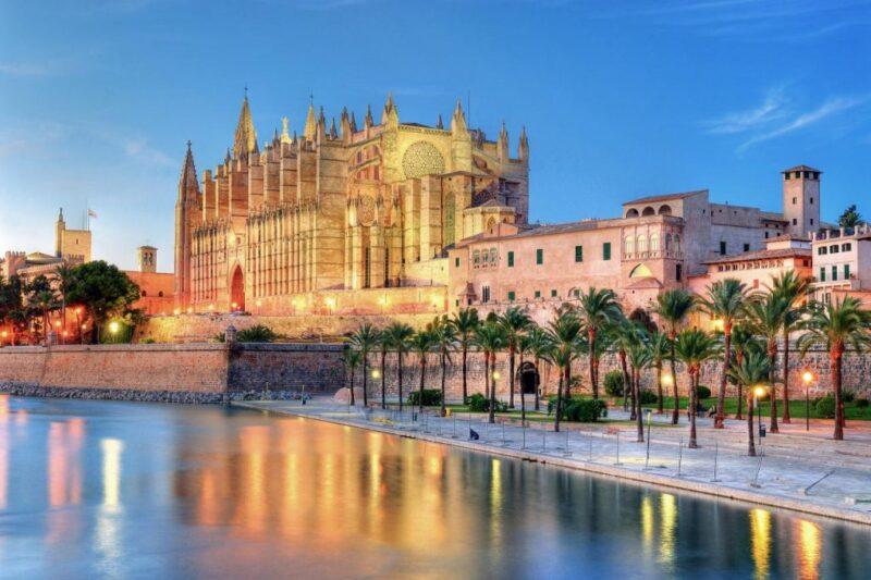 الاستثمار والاقامة في اسبانيا.