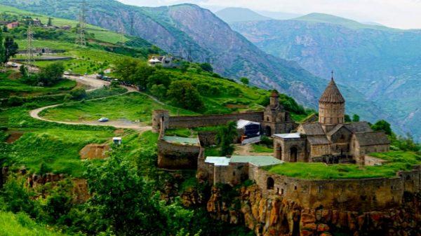السفر الى أرمينيا