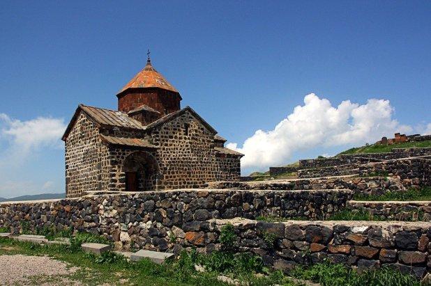 Photo of السفر الى ارمينيا للسعوديين .. تعرف على كيفية الحصول على الفيزا وشروط إصدارها