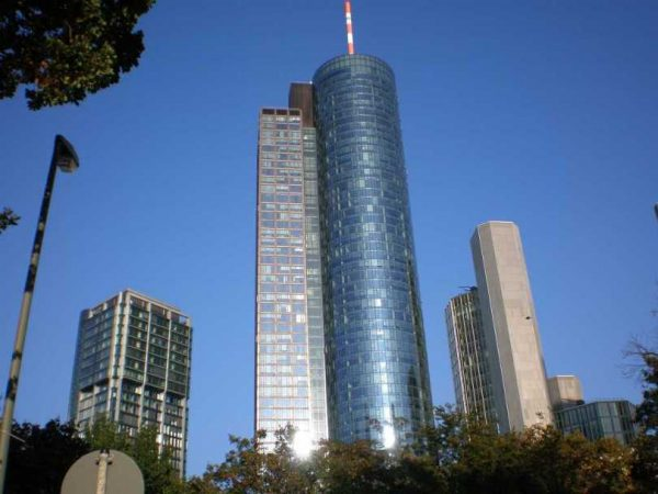 تسلق البرج الرئيسي