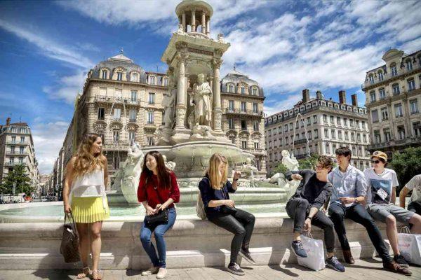الاماكن السياحية في ليون
