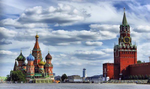 الساحة الحمراء قلب موسكو