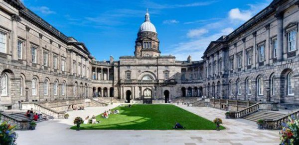 جامعة ادنبرة