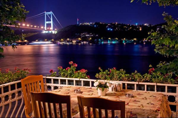 مطاعم اسطنبول على البسفور .