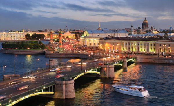 المعيشة في سانت بطرسبرغ