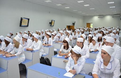 دراسة الطب في الجامعات الروسية