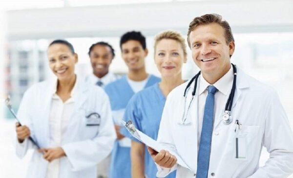 تخصصات الطب فى بريطانيا
