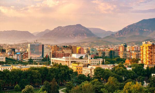مدينة تيرانا العاصمة الألبانية