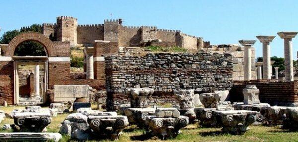 قلعة كاديفيكالى