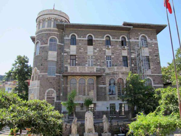 متحف أزمير الأثري