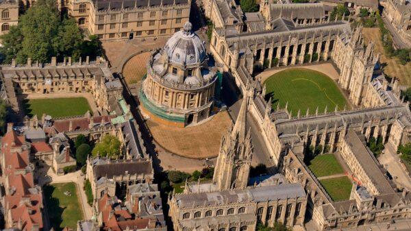 تعرف على جامعة اكسفورد