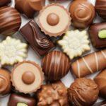 أفضل أنواع الشوكولاتة السويسرية .. تعرف على أفضل 4 أنواع وكيفية تناولهم