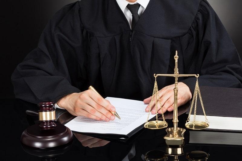 دراسة القانون في بريطانيا