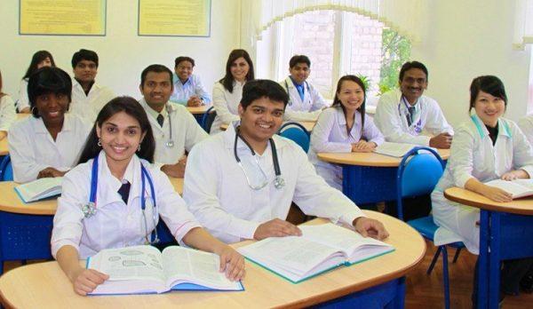 متطلبات دراسة الطب في السويد مجانا