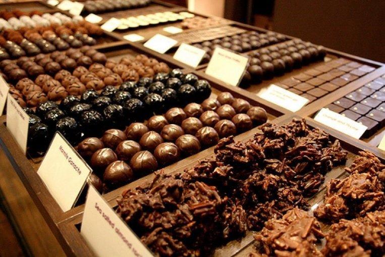 استيراد شوكولاته من سويسرا