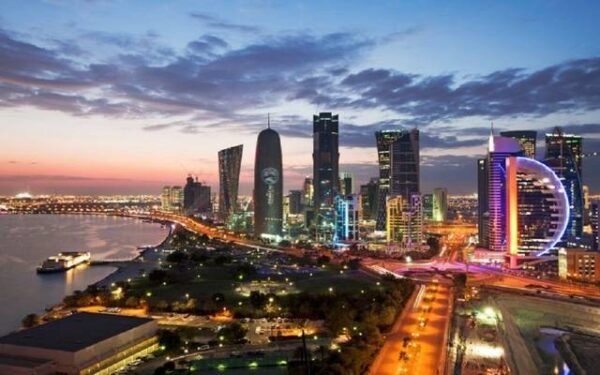 السفر إلى قطر