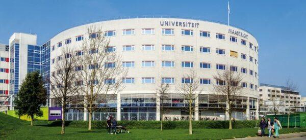 جامعة ماستريخت