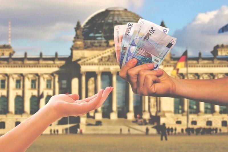 كم تكلفة السفر الى المانيا؟