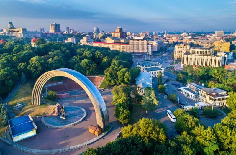 كم تكلفة السفر من الاردن الى اوكرانيا