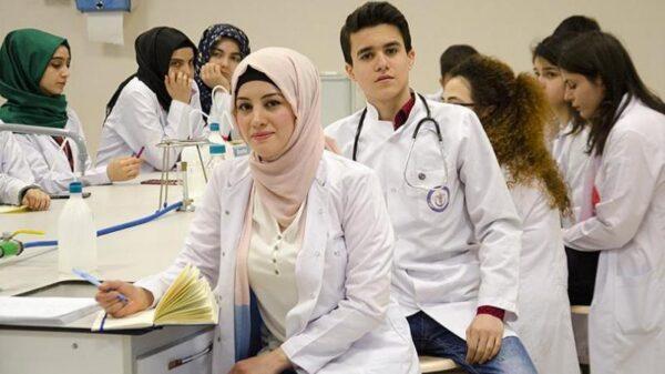 مميزات العمل فى مهنة الطب فى تركيا