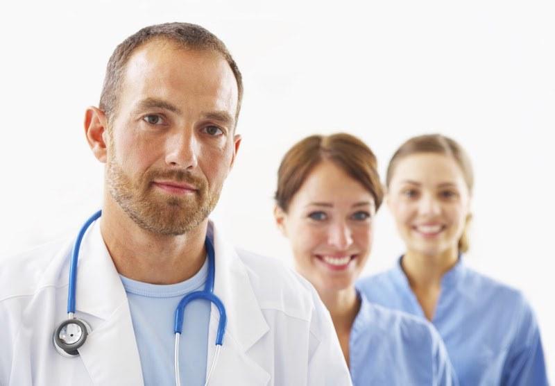 مميزات مهنة الطب في السويد