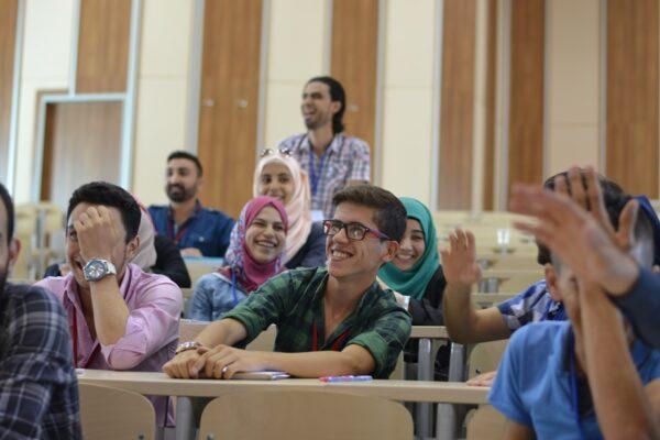 أهم المنح الدراسية للسوريين فى هولندا