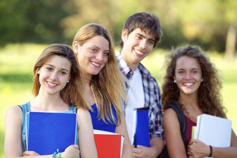 الدراسة في إيطاليا لليبيين