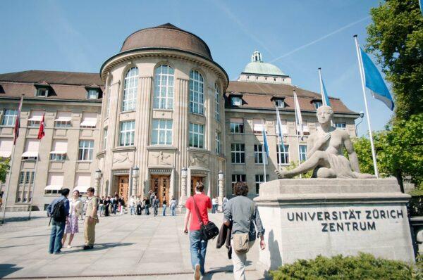كيفية الحصول على الإقامة الدائمة في سويسرا عن طريق الدراسة