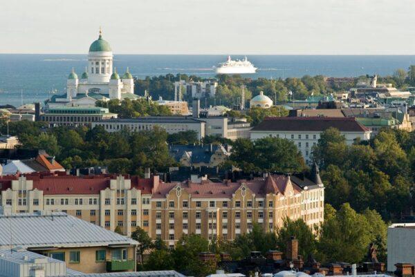 كيفية الحصول على الإقامة الدائمة في فنلندا.