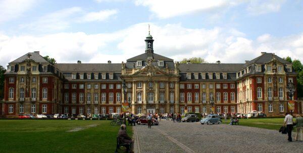 جامعة أخن