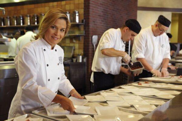 دراسة الطبخ في فرنسا مجانا