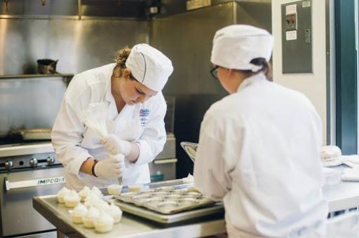 مدرسة Le Cordon Bleu الفرنسية للطهى