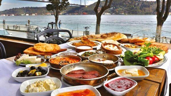 أشهى الأكلات فى مطعم لقمة اسطنبول