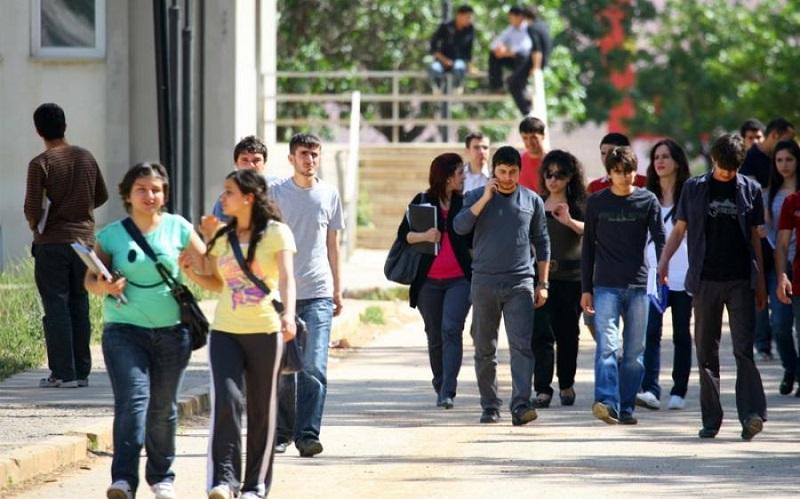 جامعة اسكندرون تجمع الطلبة